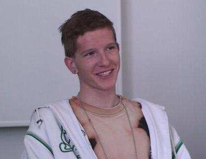 Tobias, Konstrukteur 3. Lehrjahr, Feintool Technologie AG Lyss